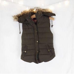Love Tree Puffy vest